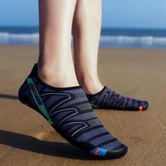 Fast-drying water shoes
