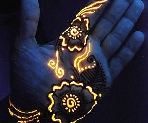 Glow In The Dark Henna Kit